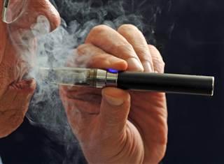 e-cigarette-mn-1450_8e79ff60ea9ac7c34e0442818fb4afb4.nbcnews-ux-320-320