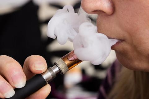 e-cigs_and_vaping_large